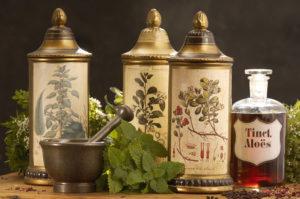Настойки, отвары и эфирные масла от облысения
