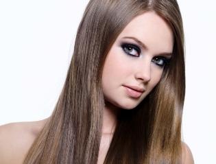 Красивые волосы: как выбрать лучший кератин для выравнивания волос?
