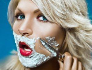 Как избавиться от нежелательных волос на лице у девушки?