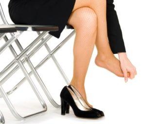 Основные причины и симптомы возникновения натоптышей на ногах