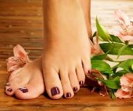 Как навсегда избавиться от натоптышей на пальцах ног и ступне в домашних условиях