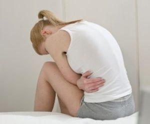 Когда женщину должны насторожить тянущие боли внизу живота?