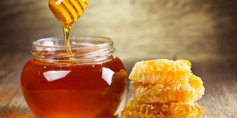 рецепты масок для волос с медом