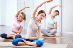 Чем отличается йога от пилатеса?