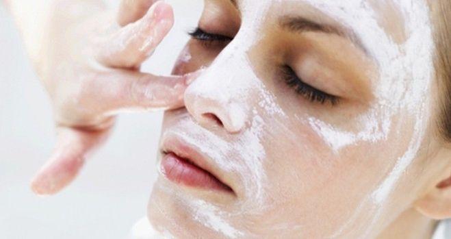 Домашний пилинг: чистка лица кальцием хлорида