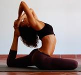 Йога: с чего начинать занятия дома?