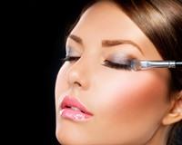 Как сделать пошагово вечерний макияж для глаз в домашних условиях