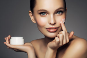 Качественный уход за кожей – долголетие и красота