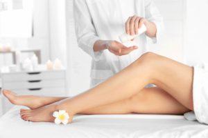 Как очистить кожу после депиляции
